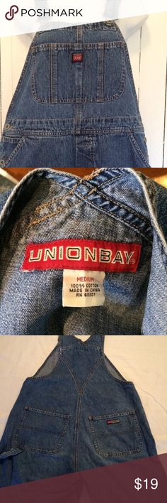 "⭐️NEW ITEM⭐️ vtg Unionbay overalls medium VINTAGE UNIONBAY DENIM OVERALLS CARPENTER STYLE WIDTH AT WAIST 17"", INSEAM 30.5"" ADJUSTABLE STRAPS DISTRESSING AT BACK HEM 100% COTTON UNIONBAY Jeans Overalls"