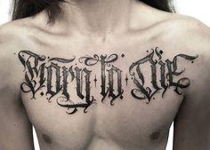 Tatuagem em lettering criada por Jessica Puska de Curitiba.