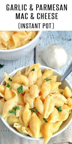 Garlic and Parmesan Instant Pot Mac and Cheese Recipe! This Creamy Mac and Cheese Recipe is loaded with flavor! A 20 minute meal thats easy to make and one the entire family will love. See FoodieandWine.com for more Instant Pot Recipes   #macandcheese #macaroniandcheese #instantpotmacandcheese #creamymacandcheese #instantpotrecipes #20minutemeals #meatlessrecipes
