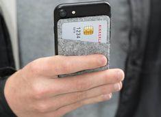 Smart Pocket 3 carduri, viata ta poate fi mai simpla cu el. Selecteaza cele mai importante 3 carduri si pune-le intr-un singur loc, in acest buzunar din pasla, special proiectat pentru spatele telefonului mobil. In continuare, nu-ti ramane decat sa le folosesti confortabil, oricand e nevoie de ele. Super practic, nu? Phone Cases, Pocket, Cupid, Phone Case, Bag