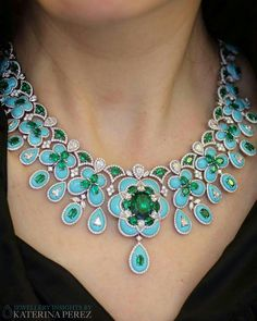 James Ganh's Jardin Lhasa collection, showcasing a necklace set with diamonds, tsavorites and turquoises.