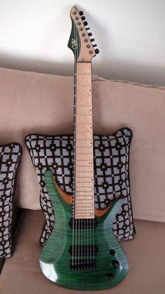 Vik guitars, emerald beauty!!!