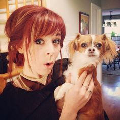 Lindsey Stirling I love her bangs. Might need to copy. Laura Lee, Messy Hairstyles, Pretty Hairstyles, Hairdos, Lindsey Stirling Hair, Red Bangs, Hair Bangs, Love Hair, Queen