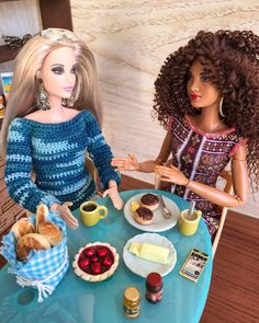 from - They talked and talked during the breakfast, remembering all the good (and bad) things the two… Barbie Life, Barbie House, Barbie World, Barbie And Ken, Barbie Kitchen, Barbie Family, Valley Of The Dolls, Selfies, Barbie Fashionista
