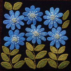"""Apliques de lana BOM PATRÓN y o KIT """"Achicoria"""" 6 x 6 bloque 1 de 24 en lana """"Cuatro estaciones de las flores"""" edredón tabla corredor del colgante de pared de fieltro lana"""