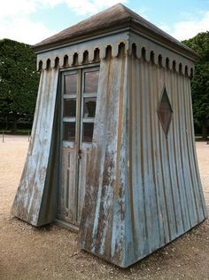 The Eiffel tower and Versailles Garden Buildings, Garden Structures, Outdoor Structures, Outdoor Rooms, Outdoor Living, Pergola Decorations, Pergola Ideas, Palace Of Versailles, Versailles Garden