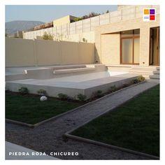 𝐏𝐫𝐨𝐲𝐞𝐜𝐭𝐨 𝐂𝐚𝐧𝐪𝐮𝐞𝐧 𝐍𝐨𝐫𝐭𝐞 𝐂𝐡𝐢𝐜𝐮𝐫𝐞𝐨  En esta casa construimos y diseñamos todo el patio y antejardin.  Mira el antes y después ➡️  • Pavimento Texturado iluminado. • Terraza+Quincho. • 𝐏𝐢𝐬𝐜𝐢𝐧𝐚 𝐜𝐨𝐧 𝐫𝐞𝐯𝐞𝐬𝐭𝐢𝐦𝐢𝐞𝐧𝐭𝐨 𝐝𝐢𝐚𝐦𝐨𝐧𝐝  𝐛𝐫𝐢𝐭𝐞 𝐲 𝐣𝐚𝐫𝐝í𝐧✔️ • Pabellón + Quincho + Cocina + Baño + Bodega   Contacto: www.tripticodisenoyconstruccion.cl +𝟓𝟔 𝟗𝟖𝟖𝟖𝟏𝟗𝟒𝟔𝟗 ( WhatsApp… Search Video, Patio, Chile, Mansions, House Styles, Home Decor, Home, Norte, White Colors