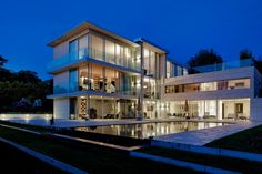 Privat House Edith pool. Olivier Vallat Architectes.