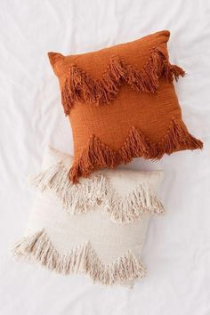Slide View: Sadie Fringe Throw Pillow Fringe pillows which aesthetically tie in with the tone of the throw and the quilt cover. Boho Pillows, Diy Pillows, Floor Pillows, Decorative Pillows, Throw Pillows For Bed, Diy Pillow Covers, Throw Blankets, Orange Pillows, Decorating Rooms