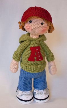 Please note: This listing is for a CROCHET PATTERN to make the pictured doll and NOT FOR A FINISHED ITEM  This pattern is availabe in English, German, French, Spanish and Dutch language.  This listing is for an extensive PDF file which contains full instructions for crocheting and finishing off the doll JOSH. The file is 20 pages long and contains a lot of detailed step-by-step photographs along with full pattern instructions and tips for crocheting, jointing and finishing neatly. Only the…