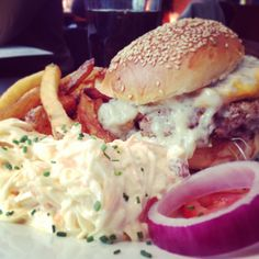Hand (Have A Nice Day) | Paris-Burger