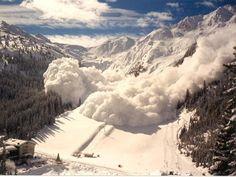 Resultado de imagen para aluvion de nieve