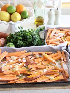 crunchy sweet potato fries w' zesty dipping sauce - my lovely little lunch box