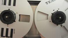 Bobine NAB - www.remix-numerisation.fr - Rendez vos souvenirs durables ! - Sauvegarde - Transfert - Copie - Digitalisation - Restauration de bande magnétique Audio Dématérialisation audio - MiniDisc - Cassette Audio et Cassette VHS - VHSC - SVHSC - Video8 - Hi8 - Digital8 - MiniDv - Laserdisc - Bobine fil d'acier - Micro-cassette - Digitalisation audio - Elcaset - Cassette DAT Audio Cassette Vhs, Cd Audio, Tape Recorder, Home Appliances, Vintage, Magnetic Tape, Restoration, Steel, House Appliances