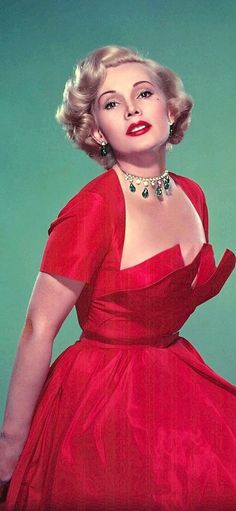 Zsa Zsa Gabor Golden Age Of Hollywood, Vintage Hollywood, Hollywood Glamour, Hollywood Stars, Hollywood Actresses, Classic Hollywood, Hollywood Icons, Vintage Outfits, Vintage Fashion