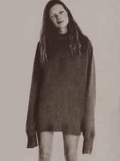 oversized sweater Kate Moss / Corinne Day #CampCollection