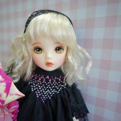 모네... 홧김에 데려왔지만 예쁜건 인정! #doll #베이비링고 #모네헤드 #pinklele