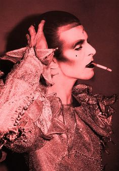 "Brian Duffy :: David Bowie for ""Scary monster and Super Creeps"", 1980 / src: TheRedList more [+] by B. Duffy / more [+] David Bowie posts Brian Duffy, Angela Bowie, Anthony Kiedis, Tilda Swinton, Ziggy Stardust, Lady Stardust, Diane Arbus, Freddie Mercury, Rolling Stones"