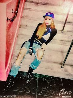BLACKPINK's Lisa #Fashion #Kpop #Idol
