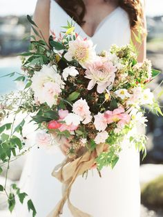 Whitney Heard Photography | Lisa Gowning Gown | Dominique flowers | Organic, Raw, Loose, Flowing Bridal Bouquet, with Dalias, blush pink and greens