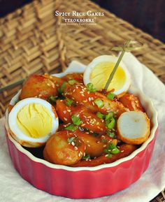 {KOREA} Korean Spicy Rice Cakes (tteokbokki) /Tteokbokki is a popular Korean traditional street food which rice cake is the main ingredient @SECooking | Sandra