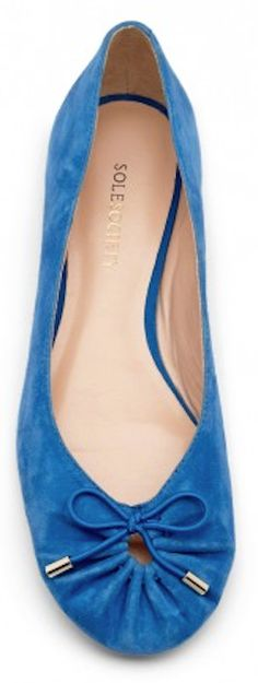 bow-tie suede ballet flats http://rstyle.me/n/m8p55r9te