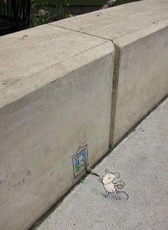 Galerie d'art de rue – David Zinn 3d Street Art, Street Art Graffiti, Street Artists, Graffiti Artists, David Zinn, Banksy, Photographie Street Art, Street Installation, Art Gallery