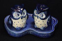 Salt and pepper shaker owl ceramic ,Animal,pet,mini,tiny,Terrariums,ceramic,figurine,bird,salt,pepper,table,kitchen