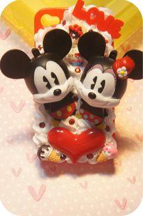 Mickey and Minnie cream deco phone case