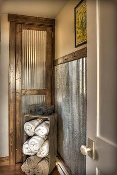 Galvanized Metal for Bathroom | Galvanized sheet metal as wainscott, pretty cool idea - sublime decor by Ideas for Anna