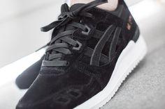 "ASICS GEL LYTE III ""ROSE GOLD PACK"" BLACK/BLACK  available at www.tint-footwear.com/asics-gel-lyte-iii-rose-gold-pack-h624l-9090  Asics gel lyte III Rose Gold Pack black leather sneakers runners kicks tint footwear studio munich"