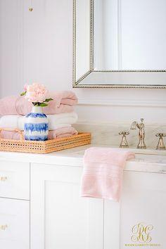 Home - randi garrett design pink towels, bath towels, guest towels, simple bed Diy Home Decor Bedroom, Diy Bathroom Decor, Bath Decor, Glam Bedroom, Ikea Bathroom, Bathroom Organization, Bathroom Furniture, Bathroom Ideas, Bathrooms