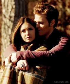 Stefan & Elena (Vampire Diaries) why can't she just be happy with Stefan
