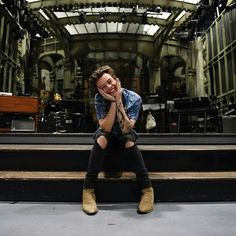 So cute ! Harry will be on SNL 15th of April !