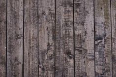How To Make A Rustic Wall From Pallets