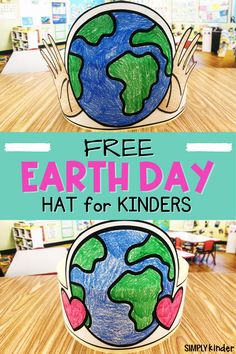 These fun and FREE Earth day hats will help your Kinders celebrate the Earth and how we can all work together to protect it! Get yours below! Primary Classroom, Art Classroom, Holiday Activities, Science Activities, Teaching Calendar, Preschool At Home, Spring Sign, Teaching Kindergarten, April Showers