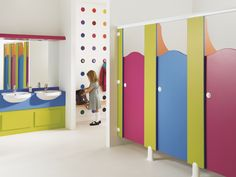 A bright and vibrant washroom. Gensis Line of washroom cubicles by Venesta Kindergarten Interior, Kindergarten Design, School Bathroom, Bathroom Kids, School Building Design, School Design, Toilet Cubicle, Daycare Design, Ecole Design