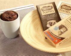 Pastel de chocolate en tu taza
