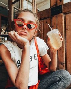 Workout with Victoria's Secret model Romee Strijd : Live like a model. Fitz Huxley, Mode Pop, Chica Cool, 70s Fashion, Fashion Trends, Fashion Black, Womens Fashion, Trendy Fashion, Spring Fashion
