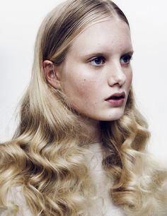 Photography: Jori Komulainen; Model: Heidi (Paparazzi Model Management); Make-up and hair: Marii Sadrak