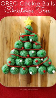 Add a festive dessert to your table with this colorful OREO Cookie Ball recipe from Easy holiday cookies to make, nothing to bake! Christmas Snacks, Xmas Food, Noel Christmas, Christmas Goodies, Holiday Treats, Holiday Cookies, Christmas Ideas, Christmas Truffles, Holiday Appetizers