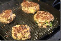 Macaroni & Cheese Stuffed Hamburger Recipe!
