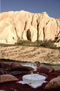 Breakfast in a hidden valley #cappadocia #kapadokya #turkey #luxury #hotel #relaischateaux #boutique #museumhotel #uchisar #cave #cavehotel #museum #honeymoon #balayı #butik #event #outdoor #valley #private #breakfast #hidden #özel #vadi #kahvaltı