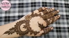 18 Best Ideas For Tattoo Girl Outfit Khafif Mehndi Design, Back Hand Mehndi Designs, Finger Henna Designs, Indian Mehndi Designs, Henna Art Designs, Mehndi Designs For Girls, Modern Mehndi Designs, Mehndi Design Pictures, Wedding Mehndi Designs