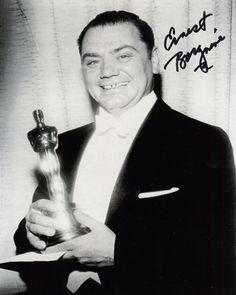 Ernest Borgnine - Best Actor Oscar for Marty Hooray For Hollywood, Hollywood Stars, Classic Hollywood, Old Hollywood, Academy Award Winners, Oscar Winners, Academy Awards, Afdah Movies, Films