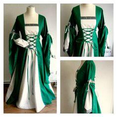 Medieval Gown Size M/L Renaissance Dress LARP and Fantasy