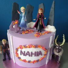 Disney Frozen Party, Frozen Themed Birthday Party, 4th Birthday Cakes, 5th Birthday Party Ideas, Carnival Birthday Parties, Elsa Frozen, Fete Emma, Holiday Party Themes, Disney Cakes