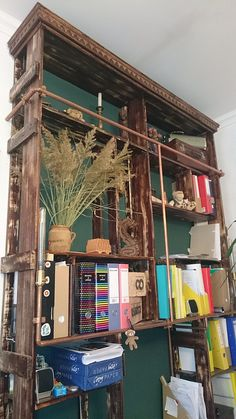 Vintage stílusú fali polc készítése. Bed, Vintage, Furniture, Home Decor, Homemade Home Decor, Stream Bed, Home Furnishings, Beds, Decoration Home
