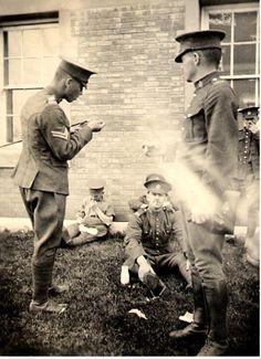 WWI, University of Alberta, 1916. -canadianletters.ca