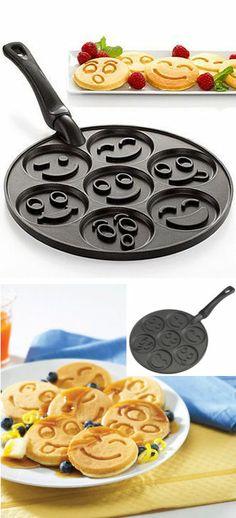 Smiley Face Pancake Pan :0) #mothersday #breakfastinbed